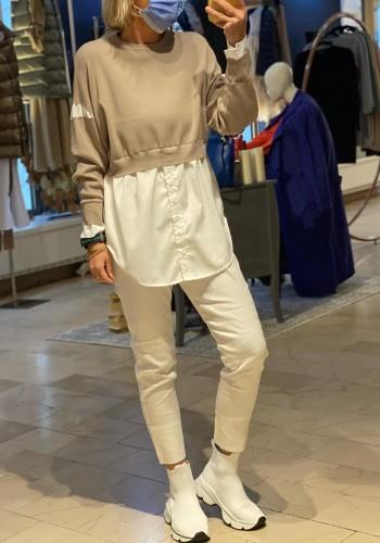 Skara Sweater